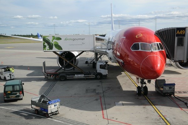 Ombord på Norwegians Dreamliner till London